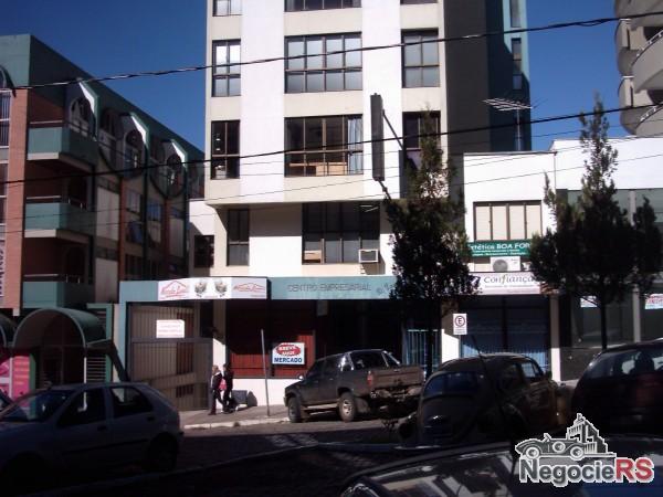 http://www.negocieimoveis.com.br/fotos_g/_170044230713_imo01.jpg